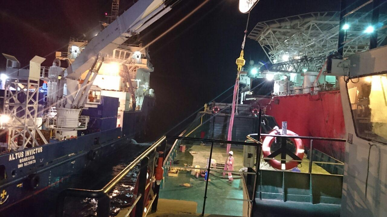 انجام بانکرینگ توسط شناور شرکت ستاره نیلگون لیان